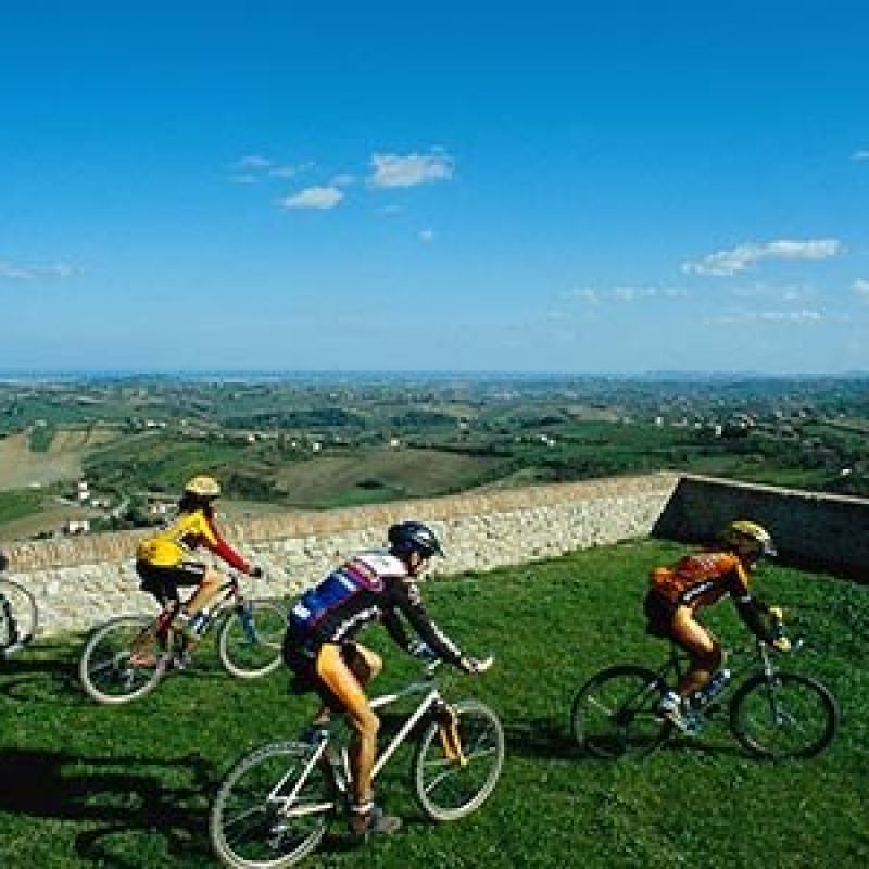Offer for cyclists 3 days with food and wine tasting experiences